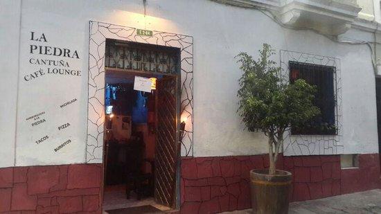 La Piedra Cantuña Café Lounge