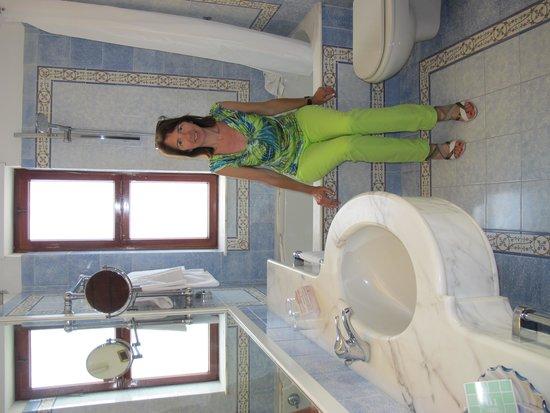 Grand Hotel De La Ville Sorrento: Bathroom