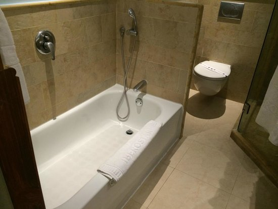 Iberostar Bavaro Suites: Ванна