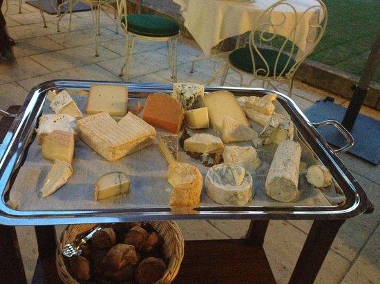 Château de Pray : cheeseplate!!