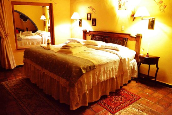 Hotel La Posada de San Antonio: SUITE CON BALCON EXCELENTE VISTA