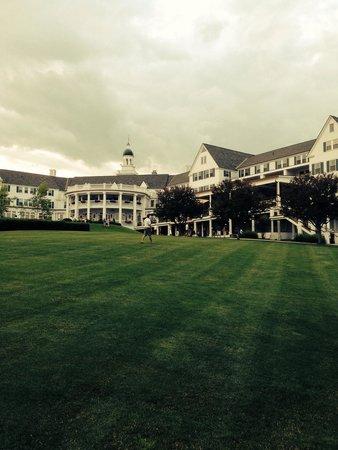 The Sagamore Resort: Looking up at Sagamore