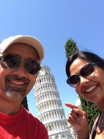 Piazza dei Miracoli : selfie time