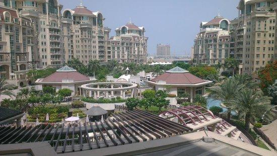 Roda Al Murooj: view from the balcony