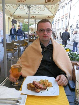 Estonian Dining Room: Я