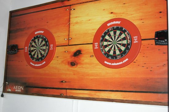 Lithos Antonis G Apartment Hotel: darts available