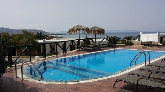 Hotel Kavuras Village : piscina