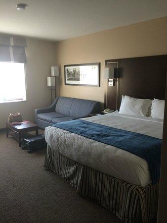 New Haven Hotel: Room from Front Door