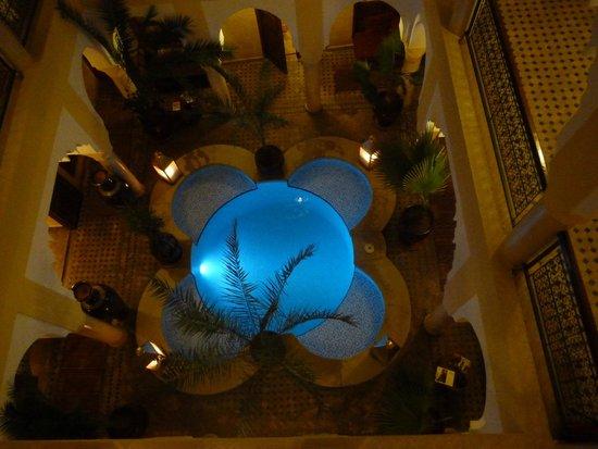 Riad Lena & SPA: la piscine vue de la terrasse