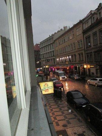 Residence Bene : вид из окна номера, снимала в дождь