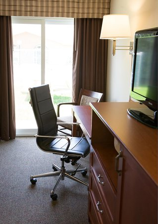 Super 8 Port Elgin: Traditional room with 2 queen size beds