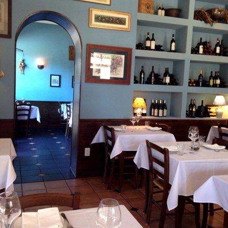 Tigelleria Ristorante: Beautiful decor and atmosphere...