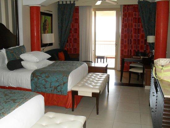 Iberostar Grand Hotel Rose Hall : our beachfront suite