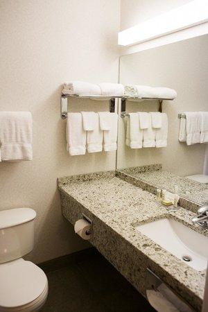Super 8 Port Elgin: 2nd floor newly renovated bathrooms with quartz countertops