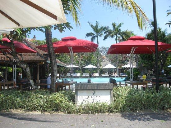 Griya Santrian : Beach Pool