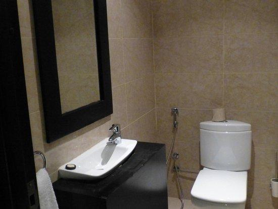 Opera Plaza Hotel: WC