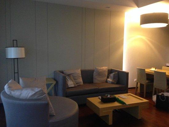 SENTIDO Graceland Khao Lak Resort & Spa: Living area