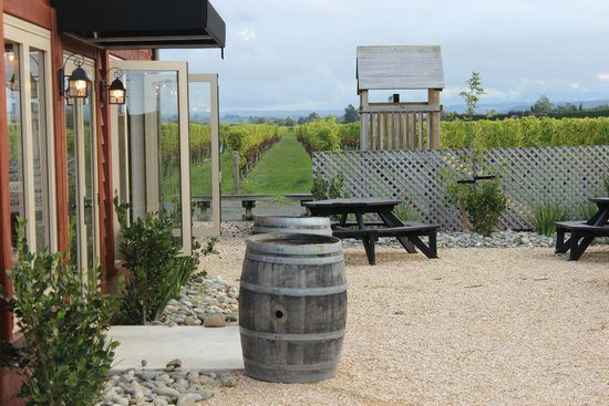 The Cellar Door Restaurant & Cafe: A snapshot of our outdoor area