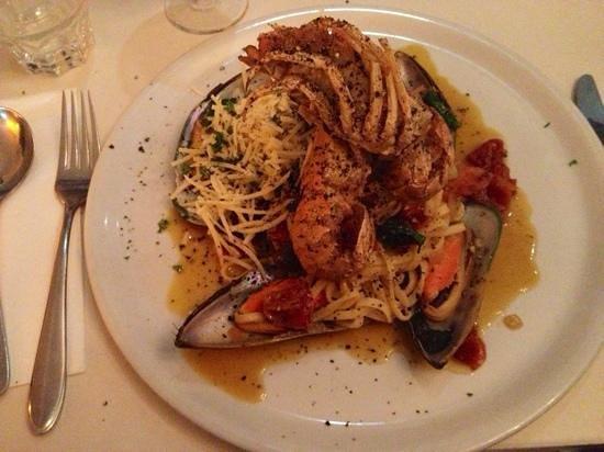 La Dolce Vita: Italian with Morton Bay Bugs.