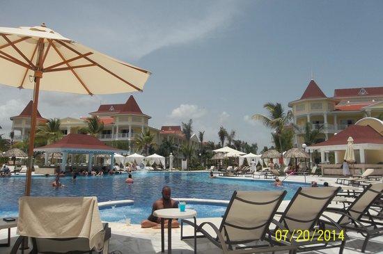 Grand Bahia Principe La Romana: pool side view