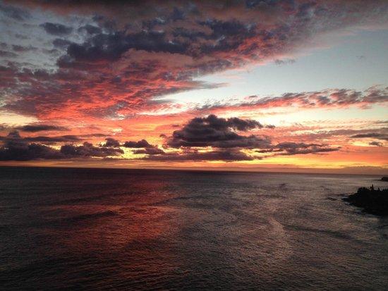 Hawaiian Princess Resort: Sunset from lanai