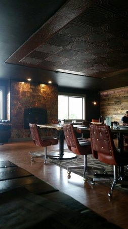 Rockaway Bar and Grill: Very cool main dining area with copper wall