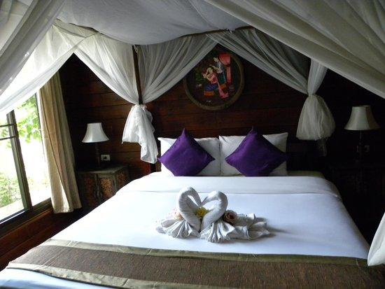 Thai Thai Sukhothai Guest House : room