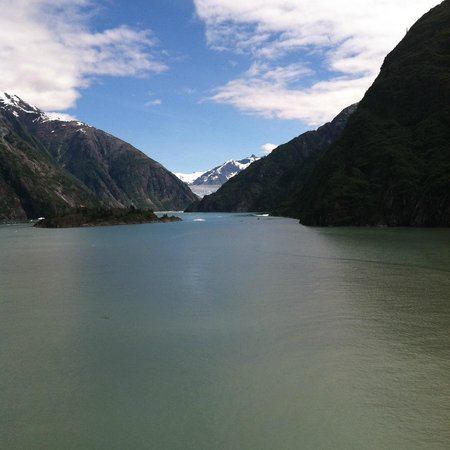 Tracy Arm Fjord (up the passage)