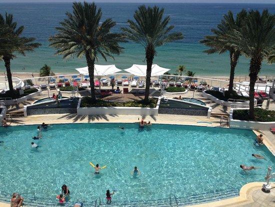 Hilton Fort Lauderdale Beach Resort : Vista da varanda