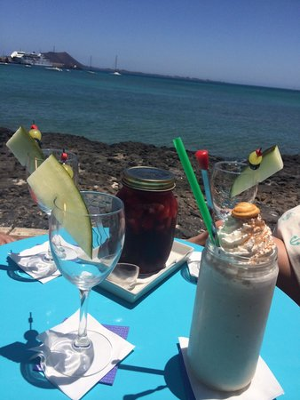 Agua Tiki Bar: Vistas!