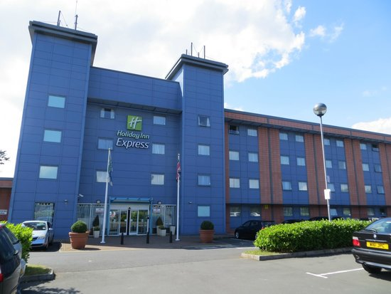Holiday Inn Express Oxford: Front side hotel