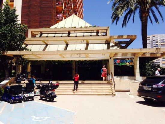 Hotel Rosamar: Rosamar by day