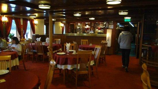 Fortuna Boat Hotel & Restaurant: Restaurant