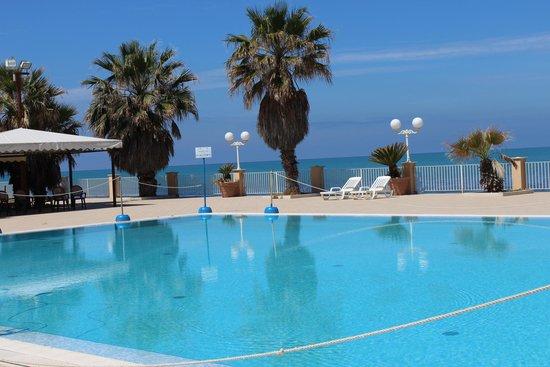 Dioscuri Bay Palace Hotel: Piscine