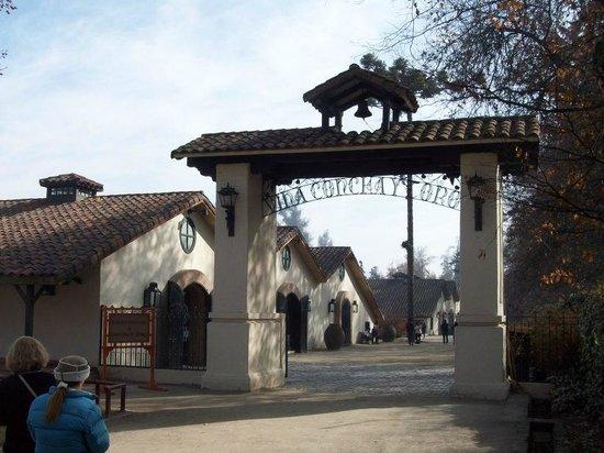 Concha & Toro: Main entrance