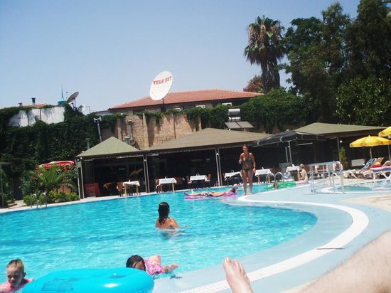 Melissa Garden Apart Otel: Hotel pool