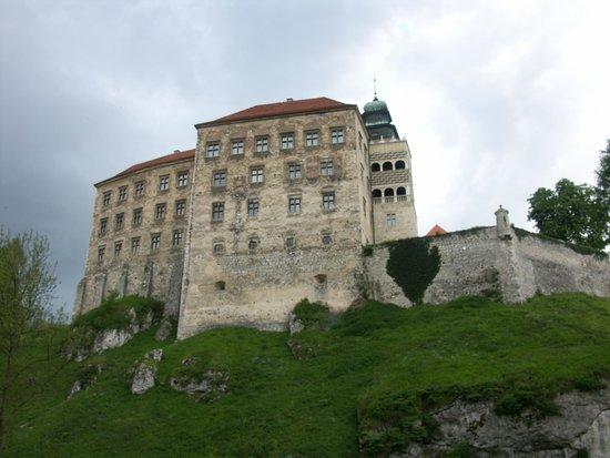 Pieskowa Skala Castle : Widok na zamek