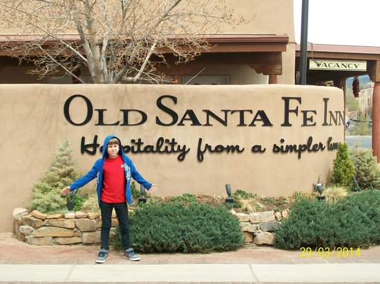 Old Santa Fe Inn: Old Sante Fe Inn sign