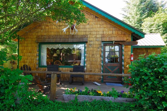 Kachemak Bay Wilderness Lodge: The Boathouse cabin