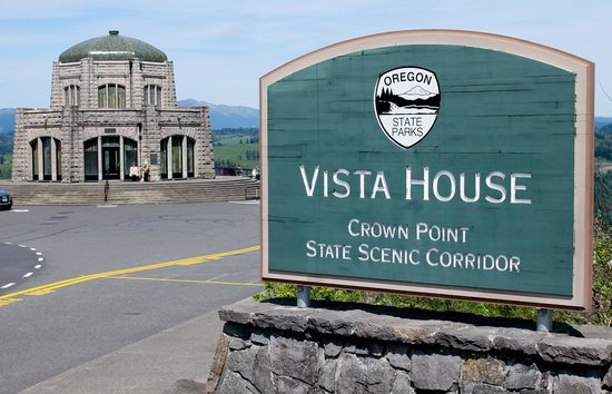 Columbia River Gorge National Scenic Area: Vista House