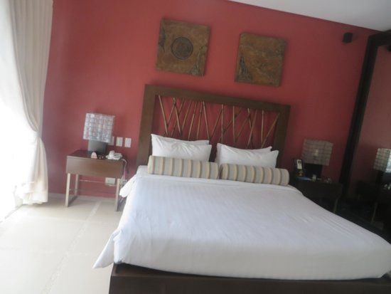 7Stones Boracay Suites : Master Bedroom