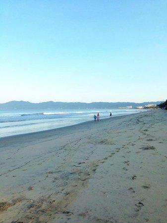 Dreams Villamagna Nuevo Vallarta : early morning beach walk