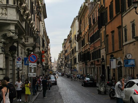 Crowne Plaza Rome - St. Peter's: City streets of Rome