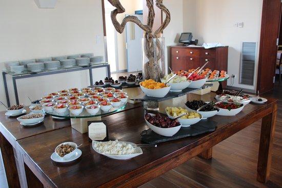 Le Meridien Ra Beach Hotel & Spa : Фрукты и фруктовые салатики