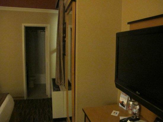 La Quinta Inn & Suites Manhattan : room 113