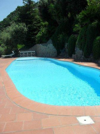 Cristina Hotel: Hotel pool