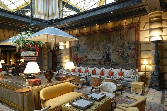 Hotel Metropole Monte-Carlo: The lobby