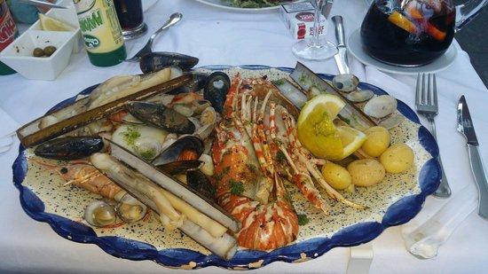 Emporda Restaurant: Excellent plateau
