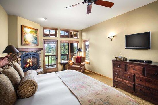 Pronghorn Resort: Junior Suite