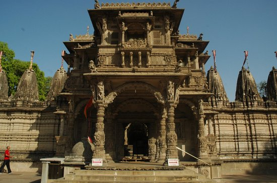 Hathee Singh Jain Temple : the temple